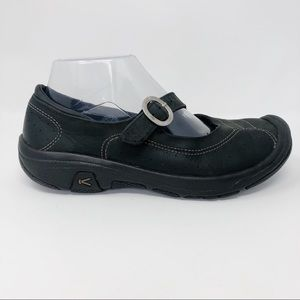 Keen Mary Janes Black